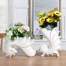 Creative Conch Fish Decorative Vases For Flowers Ceramic Ornaments Home Decoration Accessories Tabletop Funny White Modern Vase