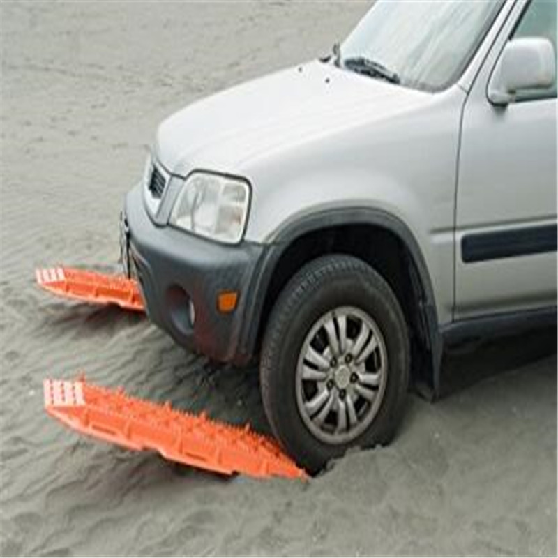 2pcs Lot Tyre Grip Tracks Snow Mud Sand Rescue Mats Escape