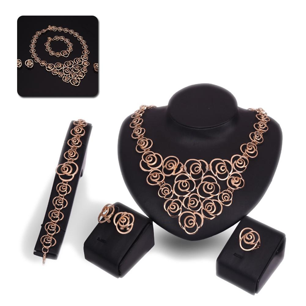 Women Vintage Jewelery Set...