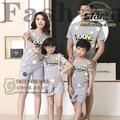 Juego de la Familia Del Niño Conjunto de la familia Padre Madre Establece Outfit para Niños Niñas Estrellas Print Tee Shirt + Pants Del Verano Playa conjunto