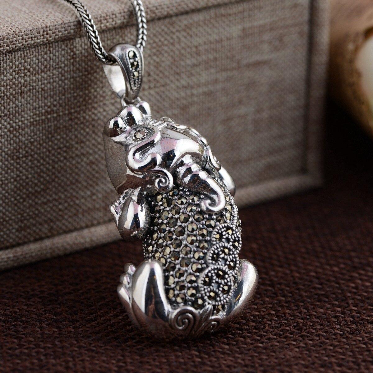 Cerf roi bijoux en gros S925 pendentif en argent Sterling incrusté artisanat antique Marcasite danse chanceuse