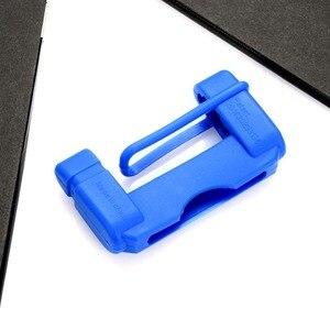 Image 4 - 1 pcs Fivela do Cinto de Segurança Do Carro Cobre Estofamento Anti Scratch Protetor de Silício Almofada Interior Fivela Cintos de segurança Do Carro Estofamento Acessórios