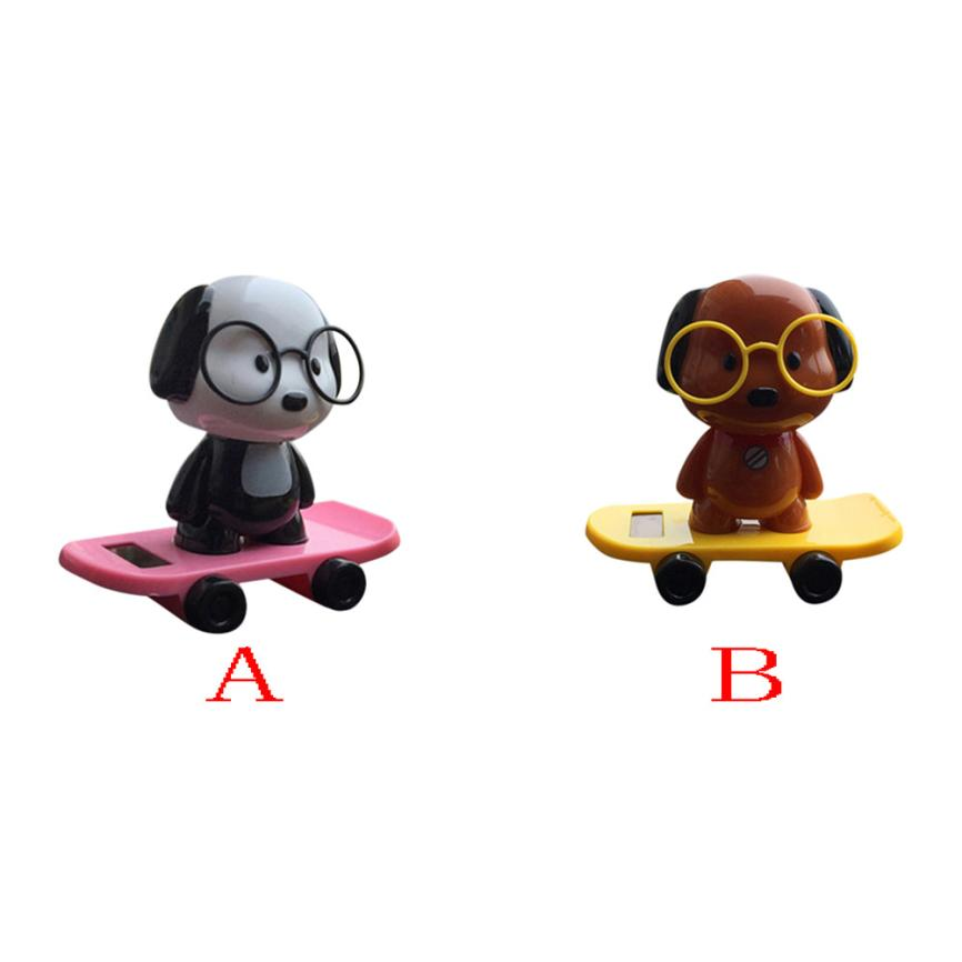 2018 Hot selling New Fashion 2 lovely puppy Solar Powered Dancing Dogs Animal Swinging Animated Bobble Dancer Toy Car Decor