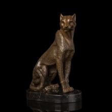 Modern Home Decoration Abstract Cheetah Bronze Statue Figurines Leopard  Animal Estatua Personality Office