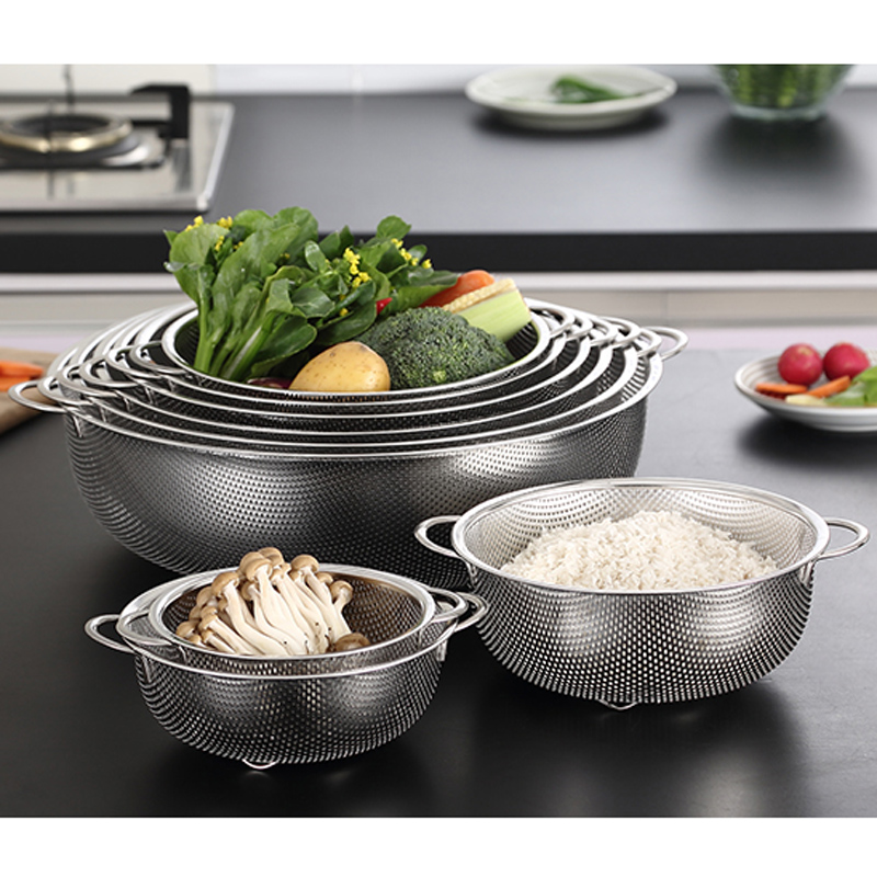 with Blue Handle it Also as a Filter for Pasta and a Cooling Rack for Biscuits Wustrious Stainless Steel Splatter Screen Guard for Kitchen Everyone