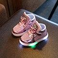 2017 meninas shoes moda bebê laço gancho led shoes crianças light up incandescência tênis meninas crianças princesa shoes com luz