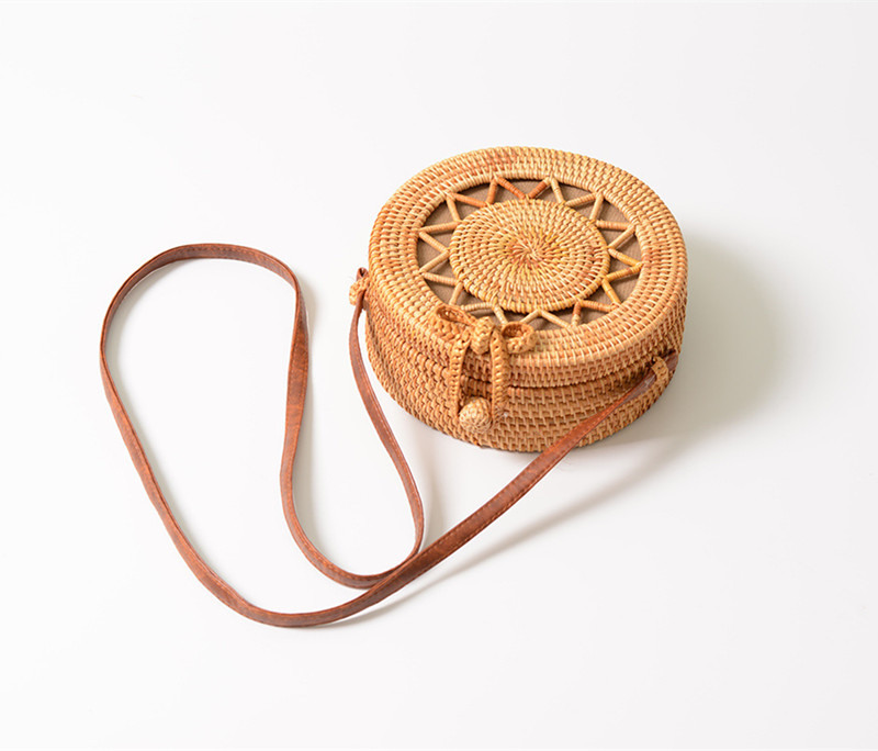 18 Round Straw Bags Women Summer Rattan Bag Handmade Woven Beach Cross Body Bag Circle Bohemia Handbag Bali 10