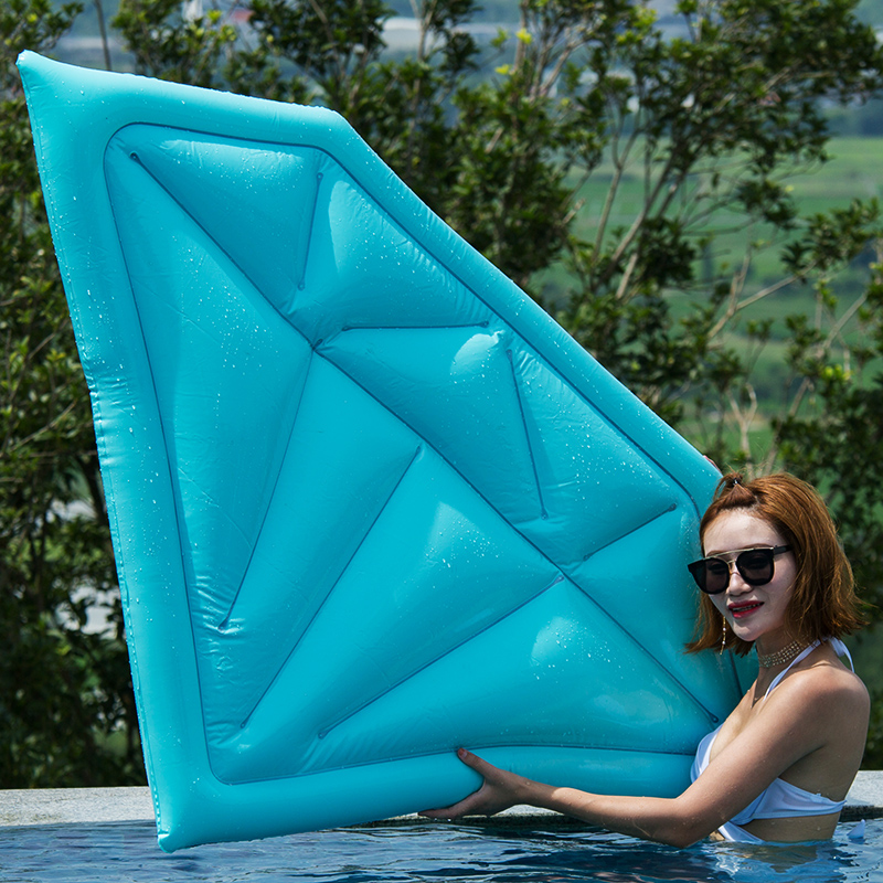 180cm Giant Diamond Inflatable Pool Float 2018 SKY Blue Lie-On Swimming Ring Air Mattress Beach Party Props Water Fun Toys Boia