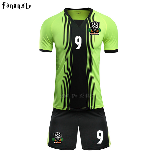 2017 Novos Homens Camisas De Futebol Define Adulto Survêtement Football  Kits Esportivos uniformes De Futebol Personalizado ea6e85d771155