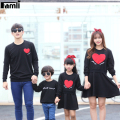 Famli 1pc Mommy Me Dress Family Look Matching Shirt Outfits Father Son Fashion Long Sleeve Cotton Letter T-shirt Cltohes Set
