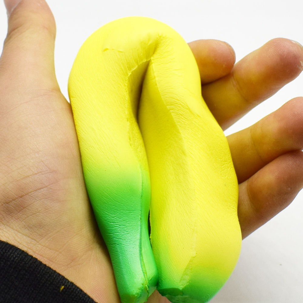 2018 New 18cm Cartoon Banana Toys Squeeze Antistress Toy Pop Doll Novelty Stress Relief Venting Joking Decompression Funny Toys