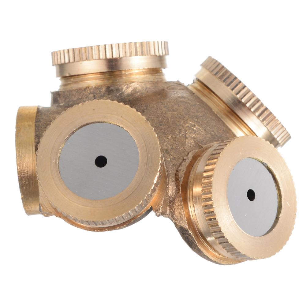 Adjustable 4 Hole Brass Spray Misting Nozzle Garden Sprinklers Irrigation Fitting Hose Water Connector for Watering & Irrigation