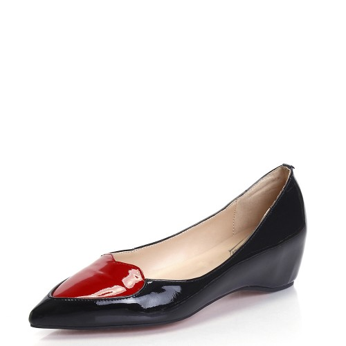 ФОТО Women Dress Shoes Red Heart White/Black Patent Leather Pointed Toe Women Flats Slip-on Shoes 2016 New Women Flats Shoes