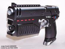 3D Papar модель судья дредд пистолет масштаб 1 : 1 огнестрельное оружие ручной DIY пистолет для косплей