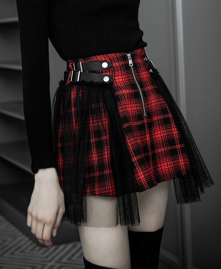 a86c5c6f3778 2018 New arrival autumn winter wome Japanese Harajuku Black Red Plaid Gothic  Punk Rock Vintage Short Skirt mini skirts-in Skirts from Women's Clothing  on ...