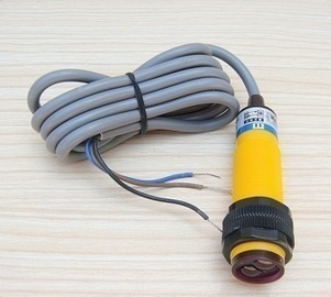 5 Pcs High Quality Photoelectric Switch E3F-DS50C4 Distance 50cm Diameter 18mm,NPN 3-wire NO, Diffuse reflection type