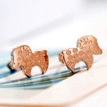 Pendiente de la manera elegante pequeña oveja fina joyería titanium de acero con chapado en oro rosa de regalo de san valentín envío libre no se desvanece