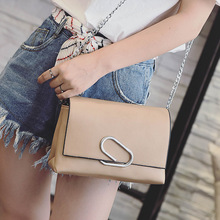 2016 new handbag fashion personality tassel shoulder chain hardware tide summer Crossbody Bag square free shipping