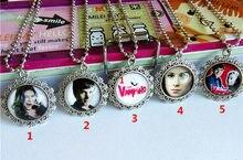 1pc chica vampiro colares para meninas colares de vidro antigo prata colares o tempo gem dos desenhos animados colares