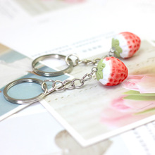 Cartoon Ceramic Strawberry Natural Stone Keychain Cute Fresh Creative Bag Pendant Decoration Women Jewelry Car Key Ring