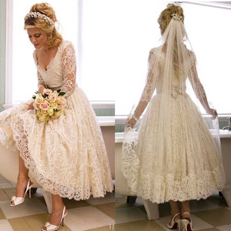 Us 151 05 5 Off Vestido De Noiva New Casamento Hot Sale White Vintage Lace Tea Length Beach Wedding Dress 2019 Elegant Long Sleeve Bridal Gowns In