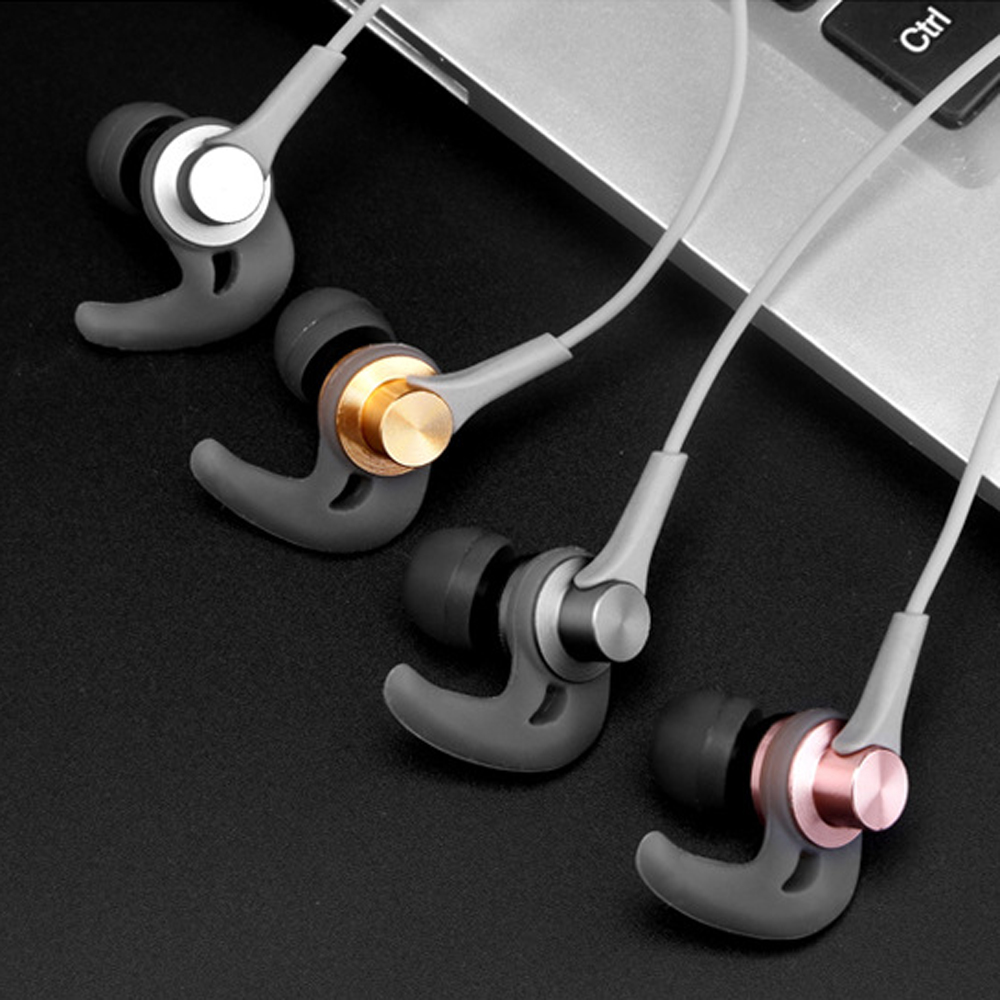 10 pcs a lot High quality earphone in ear stereo bass weight low tone controlled mic