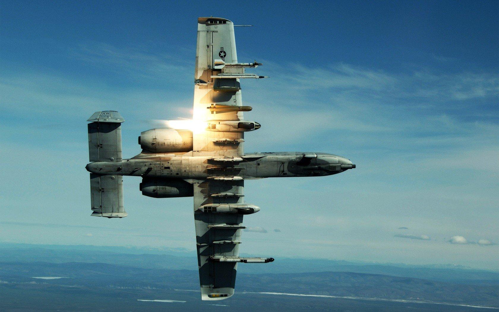 ჱAviones de guerra militar Warthog planes una 10 Thunderbolt II ...