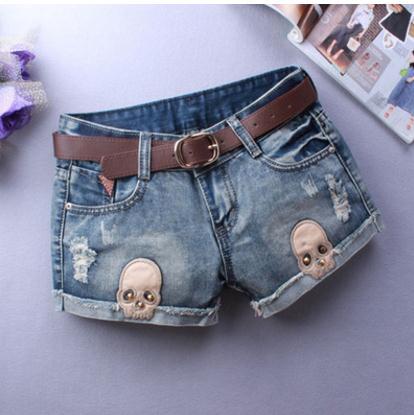 Spring Summer Women Denim Shorts Curling Personality Sexy Skull Printing Casual Jeans Short Elegant Low Waist Cowboy Short J2311