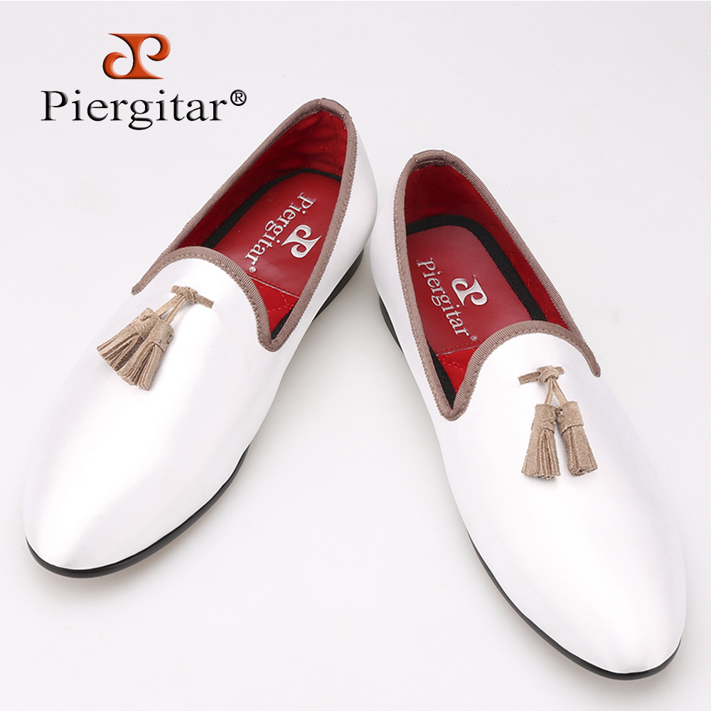 New white sequined cloth shoes with brown tassel fashion handmade men loafers wedding and party shoes men dress shoe men's flat