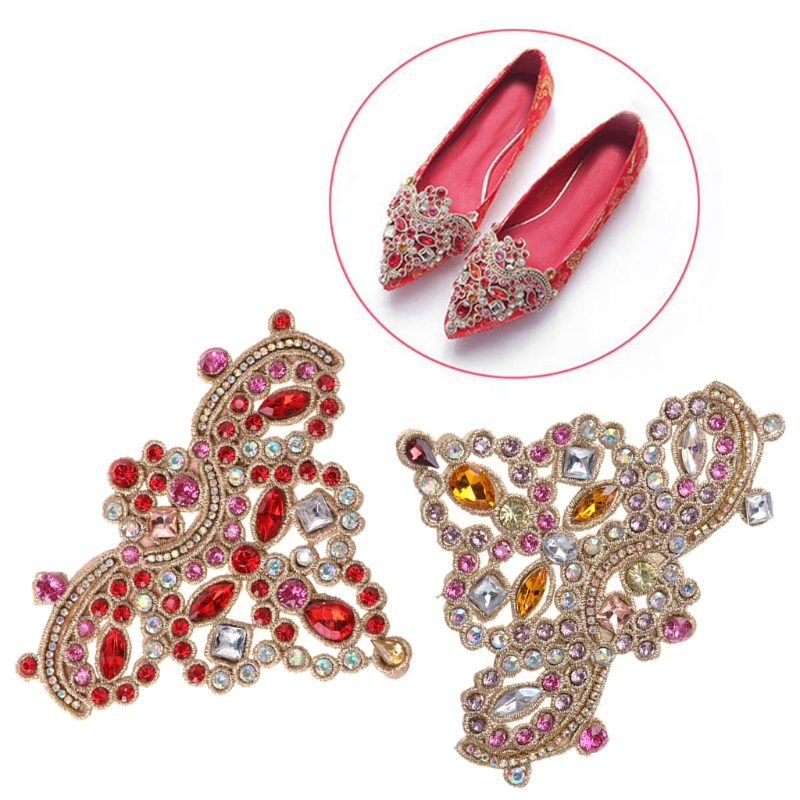 все цены на EYKOSI New Hot 2pcs Shoe Decoration Rhinestone Flat Luxury Floral Clothes Charms DIY High Heels 2018 Fashion онлайн