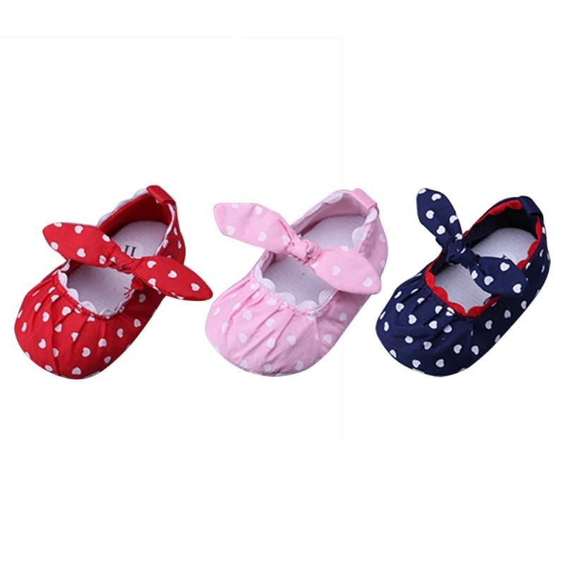 Baby Shoes First Walker Handmade Soft Bottom Bowknot Newborn Babies Shoes 3-colors Silk Heart Pattern Prewalkers Autumn Spring
