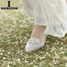 цена на 1 Pair 2pcs Decorative Shoe Clips Buckle Rhinestone Crystal Flower Elegant Fashion Wedding Party Shoes Decorations Accessories