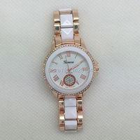 Белая роза Золотые часы Для женщин Элитный бренд ЖЕНЕВА кристаллы Часы механизм
