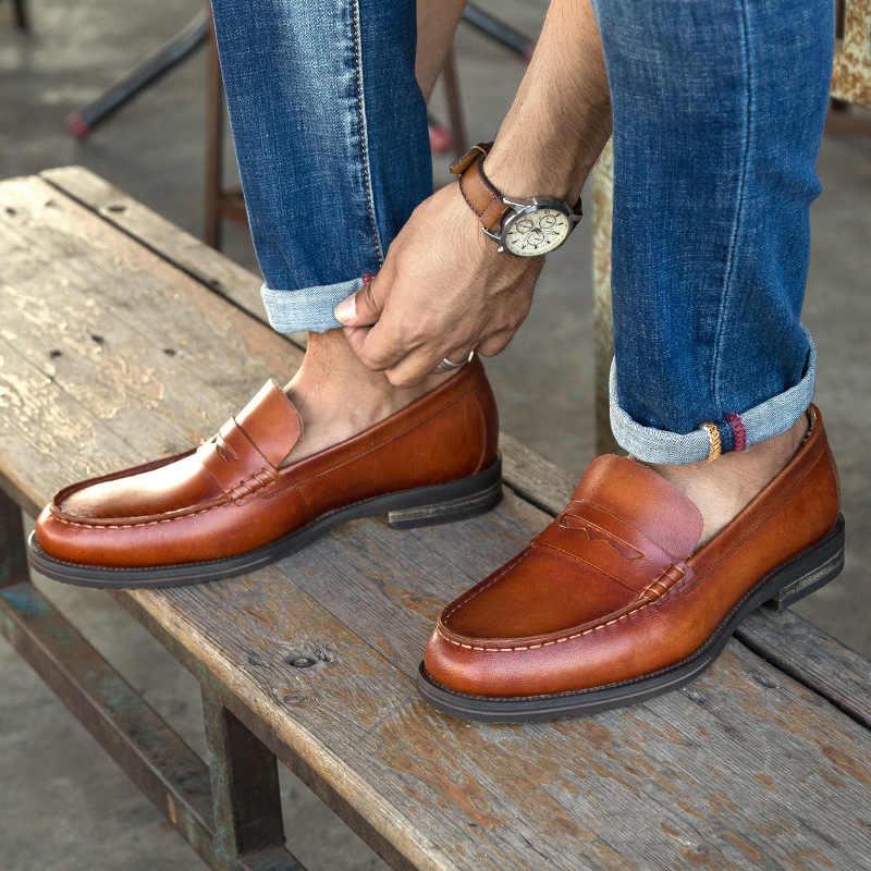 Homens Mocassins de Couro genuíno Handmade Slip-on Dos Homens Shoes Grain Completa Couro Man Flats Calçado Sapatas de Vestido