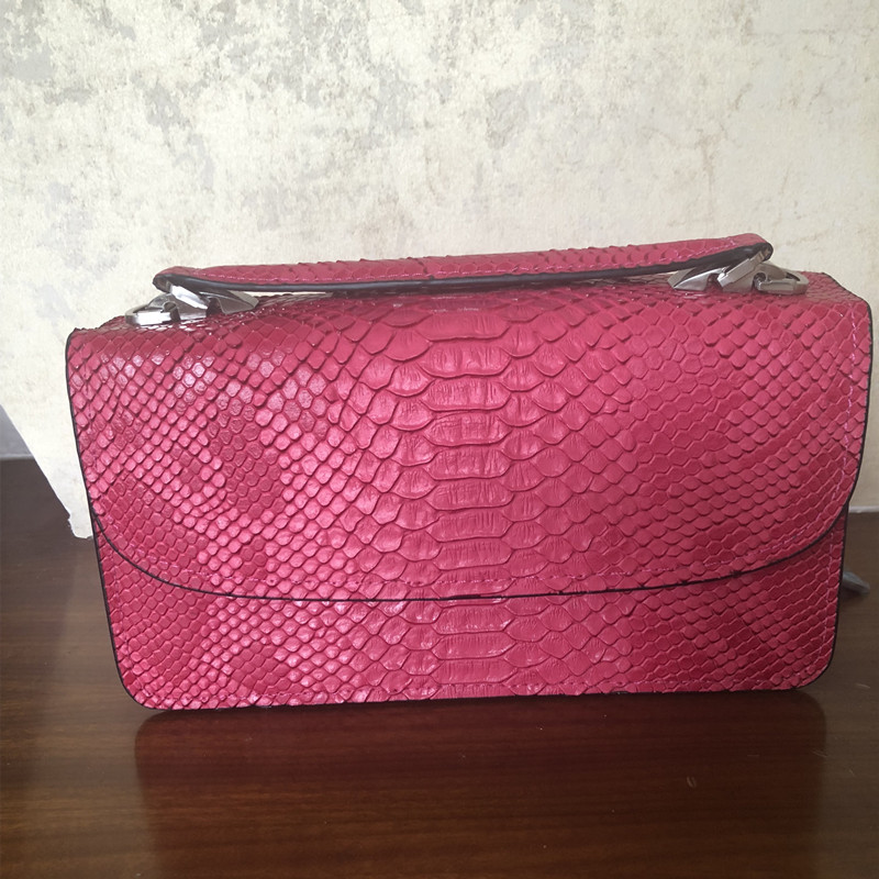 2018 Women Handbags Hot Pink Serpentine Chains Cover Shoulder Bags Messenger Bag Lady Crossbody Flap Totes Handbag Casual Tote стоимость