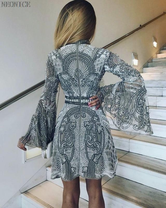 Fête Femme Hiver Mode Paillettes D'anniversaire Loisirs Discothèque Blanc Robe A Perles ligne Nouvelle De Sexy 2018 Argent Socialite Gaze Evqwvd