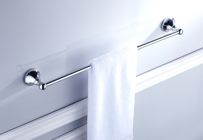 chrome towel bar 1