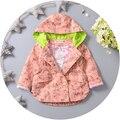 Las muchachas del bebé en la primavera otoño trench coat 2016 niños chaqueta con capucha de algodón estampado de dibujos animados capa doble del foso breasted