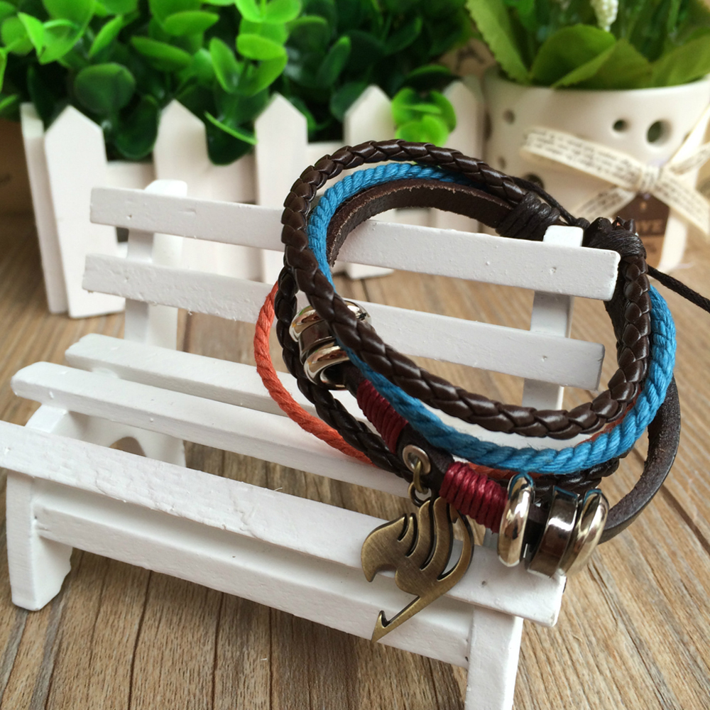 Anime Fairy Tail Bracelets For Women Multi Layer PU Leather Wristband Unisex Couple Bracelet Homme Cosplay Prop Gift