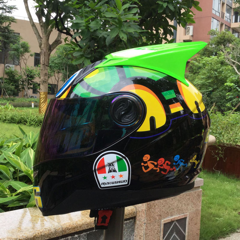 Moto helmet capacetes full face helmet motorcycle buying Racing helmet for Size M,L,XL,XXL beautiful helmet