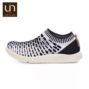 Image 4 - حذاء رياضي غير رسمي منسوج من UIN Sicily 2 للرجال ألوان أسود/أبيض أحذية رياضية بدون كعب يسمح بمرور الهواء