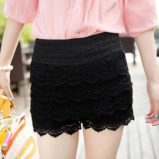 Lace Crochet Elastic Waist Short