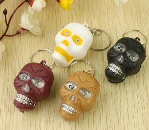Simulation Skull Head  Mini  Light LED Flashlight  Key Chains Ring Keyrings Free shipping
