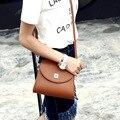 Vendas O envio Gratuito de 2017 mulheres Nova chegada do ombro & bolsas Simples casual Europa moda aba cor sólida PU breve mini sacos