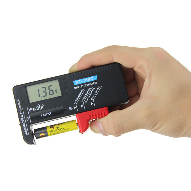 BT 168D Digitale Batteria di Capacità Strumento di Diagnostica Tester Della Batteria Delle Cellule del Tasto Display LCD di Controllo AAA AA Tester Universale