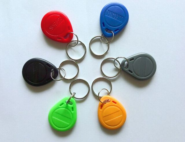 8 Color 100 unids/lote etiqueta RFID cercanía ID muestra etiqueta clave 125 Khz RFID TARJETA DE negro rojo verde gris amarillo azul