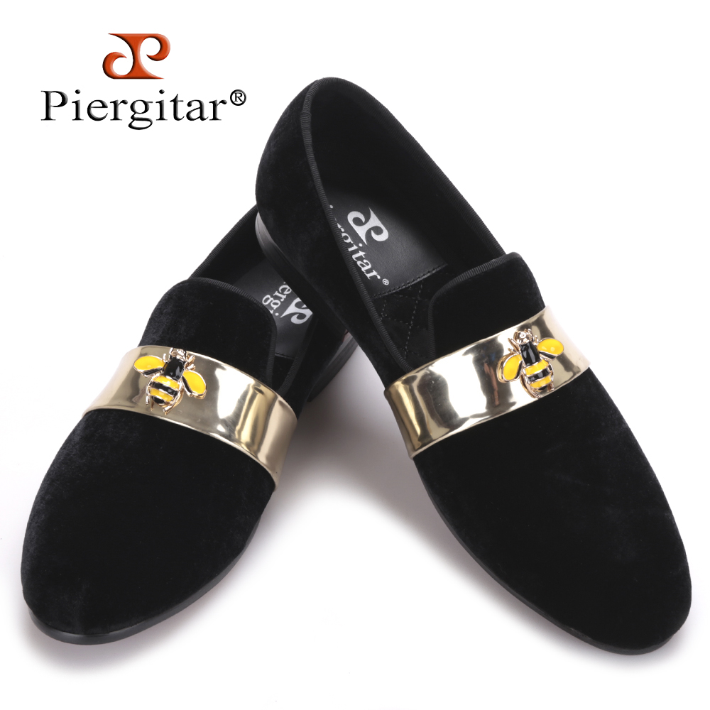 2016 New style Handmade men velvet loafers with Gold Patent leather and Bee buckle wedding and party men dress shoes men's flats