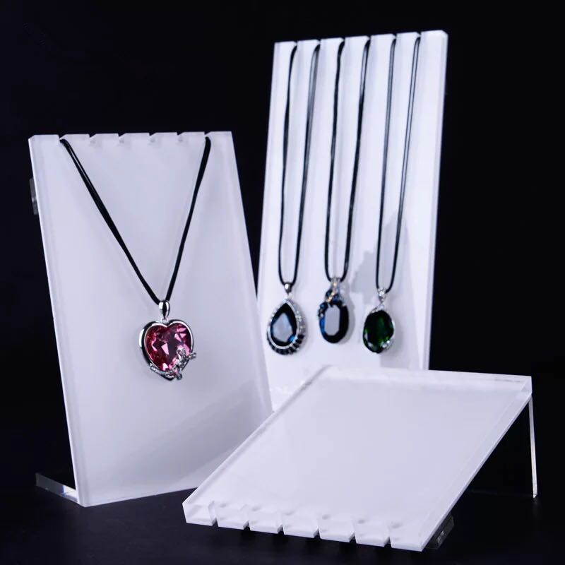 Lot of 3 Screw Necklace Holder Acrylic White or Silver Color Necklace Stand Pendant Display Stand Big Acrylic board black acrylic bat shape pendant necklace