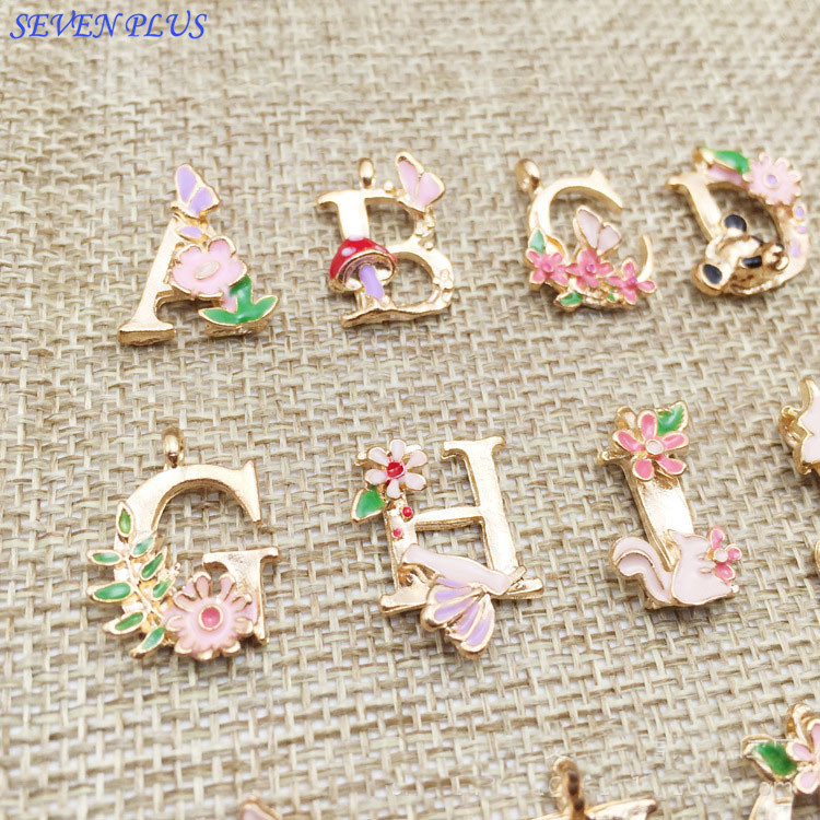 SEVEN PLUS 1 Piece/Lot 13*18mm Gold Color Flower Letters