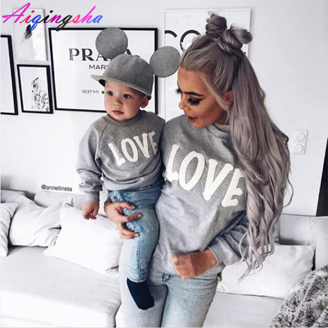 Familie Truien LIEFDE Sweatshirts voor 2018 Herfst Winter Mama en Me Moeder Dochter Familie Kleding Moeder Zoon Outfits